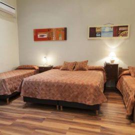 Hotel Reina- Habitación Cuádruple Estándar