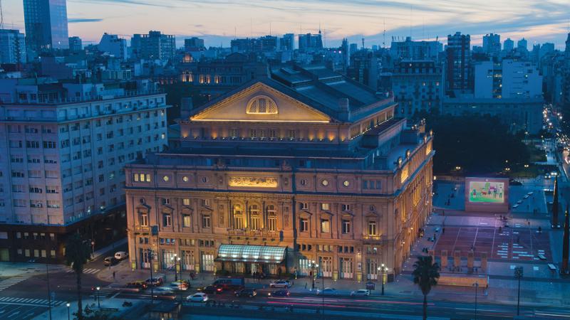 Hotel Regis – Teatro Colón