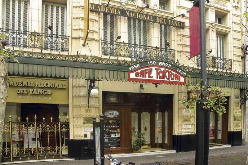 Hotel Reina – Café Tortoni